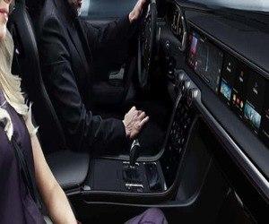 HARMAN سوف تجلب شاشات سامسونج QLED و OLED إلى السيارات #C...