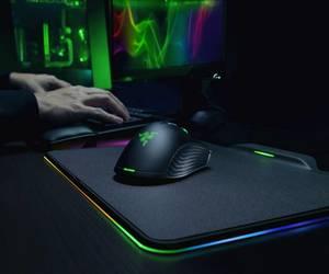 Razer تكشف عن الفأرة اللاسكلية Mamba HyperFlux، والحصيرة ...