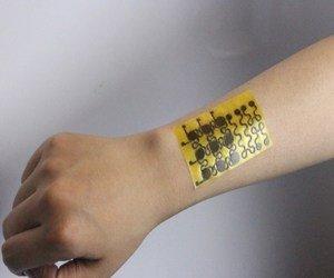العلماء طوروا جلد إلكتروني يعالج نفسه بنفسه