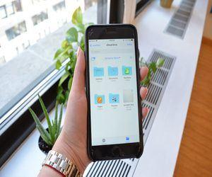 كيفية مشاركة ملفات iCloud Drive على iPhone وiPad