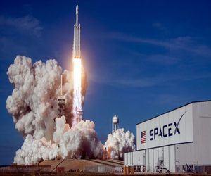 سبيس إكس تفوز بعقد عسكري لإطلاق قمر صناعي على متن صاروخ F...