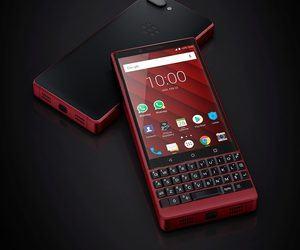 TCL تقدم إصدار أحمر اللون من هاتف BlackBerry Key2 في...