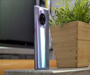 مراجعة للهاتف Huawei Mate 30 Pro: هاتف قوي حتى بدون جوجل!