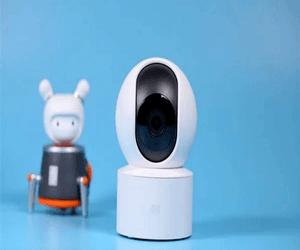 شاومي تطلق كاميرة المراقبة الذكية MI SE PTZ بسعر 21 دولار...