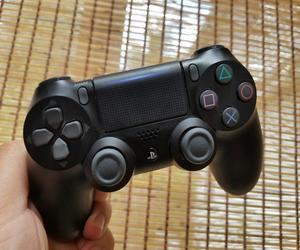 كيفية استخدام وحدة تحكم PS4 على هاتف أندرويد