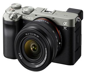 سوني تطلق كاميرة A7C بمستشعر إطار كامل وتصميم صغير ا...
