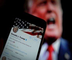 تويتر تضع علامة تحذير على تغريدة لترامب بشأن التصويت...