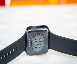 Oppo تطلق نموذج ECG من ساعة Oppo Watch الذكية للأسوا...