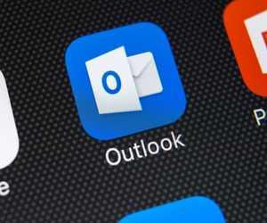 مايكروسوفت تُعلن عن مساعد رقمي جديد من أجل Outlook، ...