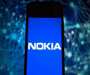 نوكيا تركز على التقنية .. لكن السياسية تعقد الأمور