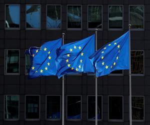 بروكسل تريد الحد من قوة المنصات الرقمية