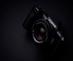 Fujifilm تعلن عن كاميرة X-S10 التي تجمع الكثير من ال...