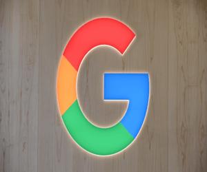 وزارة العدل تحدد موعدًا نهائيًا لرد جوجل على دعوى مك...