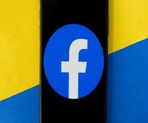 فيسبوك تختبر الوضع المظلم لنظامي iOS وأندرويد.. إليك...