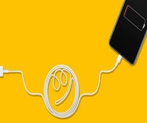 هل يمكنك استخدام أي شاحن مع هاتفك وكيف يؤثر ذلك في ا...