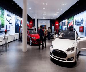 المملكة المتحدة تعتزم حظر بيع السيارات التي تعمل بال...