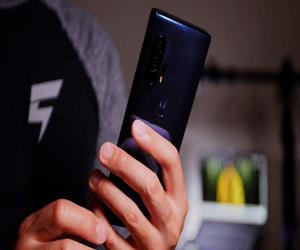 موتورولا تطلق قريباً هاتف جديد برقاقة معالج Snapdrag...