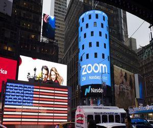 إيرادات Zoom تضاعفت مرة أخرى بمقدار أربع مرات