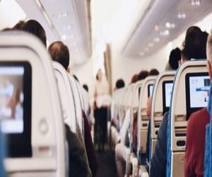 المكالمات الهاتفية على متن الطائرة ليست قانونية