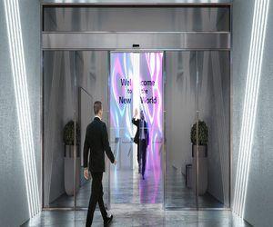 إل جي تكشف عن أبواب آلية مصنوعة من شاشات OLED&r...