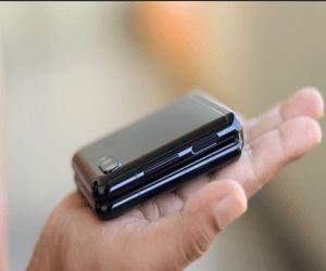 سامسونج تقدم هاتف Galaxy Z Flip 3 العام المقبل بمواص...