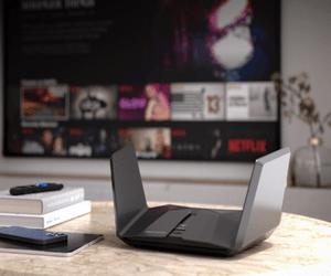 أول جهاز راوتر بتقنية WiFi 6E من Netgear يدعم البث ب...
