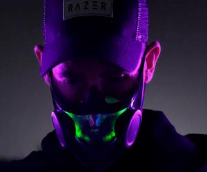 Razer تطور نموذج لقناع N95 بإضاءة Chroma RGB LED في ...
