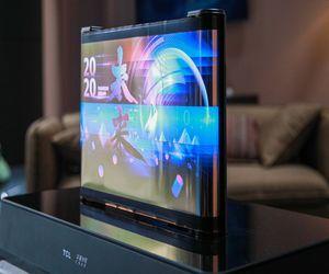 TCL تعرض شاشات مفاهيمية قابلة للف والتمرير