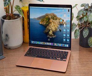 أجهزة MacBook القادمة ستكون أخف وزنا وأقل سماكة ????...