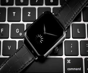 Swiss Alp Watch ساعة ميكانيكية بقيمة 30000 دولار