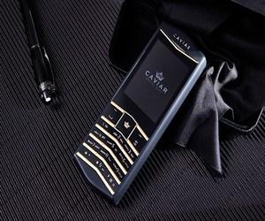 Caviar Origin .. هاتف مستوحى من Vertu