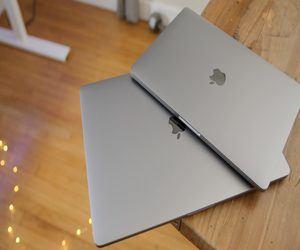 آبل تقدم برنامج استبدال مجاني لبطارية أجهزة MacBook ...