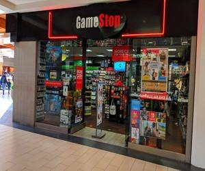 """كيف أثرت """"GameStop"""" على الاقتصاد والبورص..."""