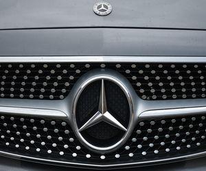 مرسيدس تسحب 1.3 مليون سيارة بسبب مشكلة تقنية