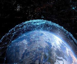ستارلينك تقدم شبكة الهاتف كجزء من خدمة الإنترنت الفض...