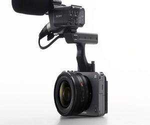 سوني تطلق كاميرة FX3 من خط إنتاجها السينمائي بسعر يب...
