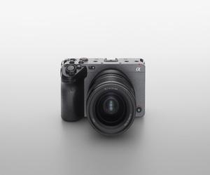 سوني تطلق كاميرا FX3 ذات الإطار الكامل : الكاميرا ال...