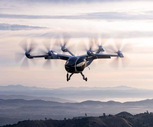 Joby Aviation تعرض طائرتها الكهربائية أثناء الطيران