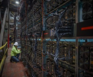 تعدين بيتكوين يتطلب كهرباء أكثر من دول بأكملها