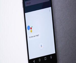 كيفية استخدام مساعد جوجل دون فك قفل الشاشة على أندرويد