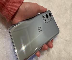 رصد هاتفي OnePlus 9 وOnePlus 9 Pro في قاعدة بيانات 3C