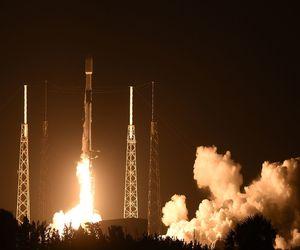 سبيس إكس تطلق صاروخ Falcon 9 للمرة التاسعة