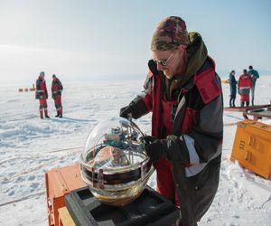 روسيا تراقب النيوترينوات في بحيرة بايكال
