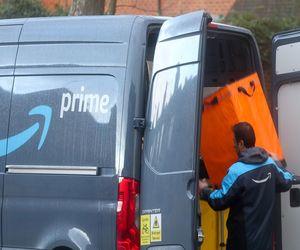 أمازون تراقب سائقيها عبر الذكاء الاصطناعي