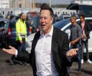 ماسك: تيسلا قد تصبح أكبر شركة متجاوزة أبل