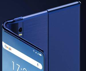 TCL تطور هاتفًا هجينًا بشاشة قابلة للطي واللف
