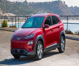 لا تركن سيارة Hyundai Kona الكهربائية بالداخل لأنها ...