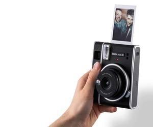instax mini 40 .. كاميرا فورية جديدة من فوجي فيلم