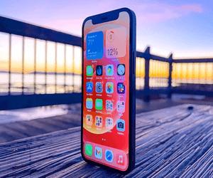 ابل تطلق تحديث iOS 14.5 مع معايير أعلى للحماية والخص...