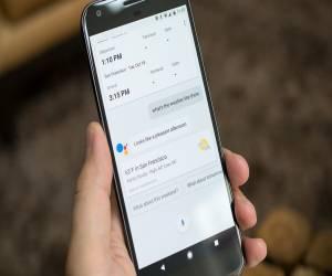 Google Assistant يتيح لك الآن إيجاد الخدمات المحلية مثل ا...